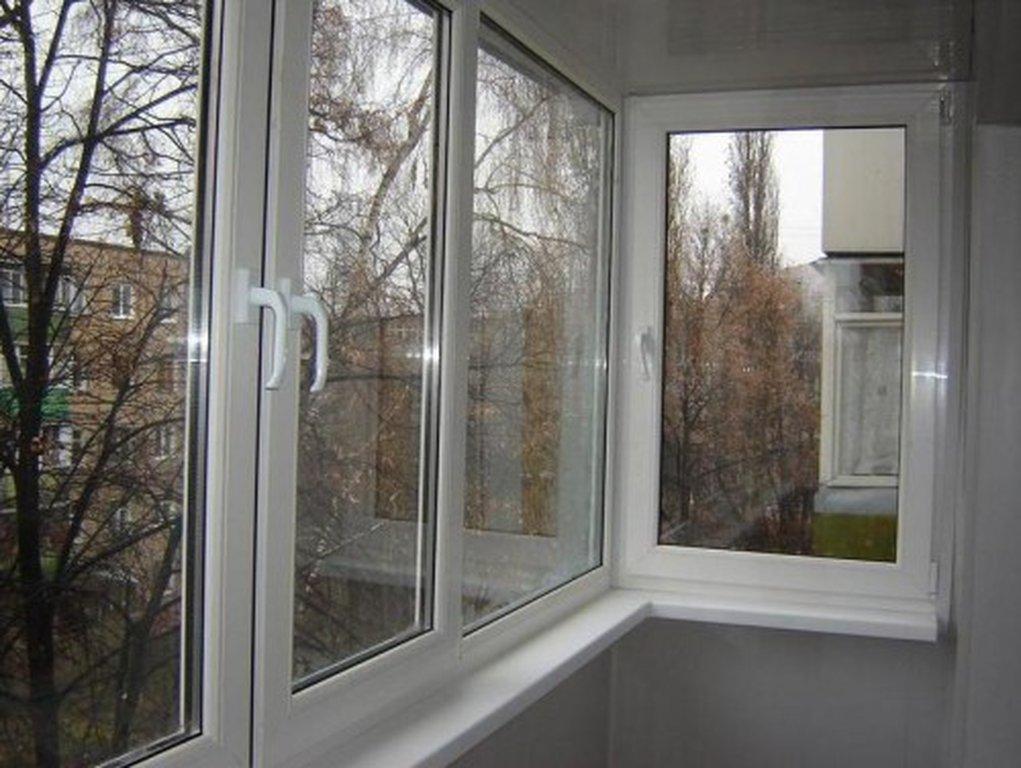 Алюминевые окнами на балкон фото.